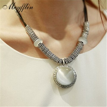 Classic Necklace & Pendant Opal Fashion Statement