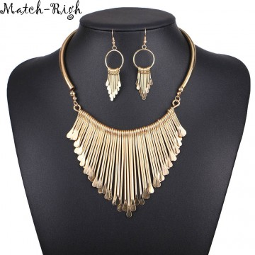Stunning Tassel Necklace Pendant - 32716244995